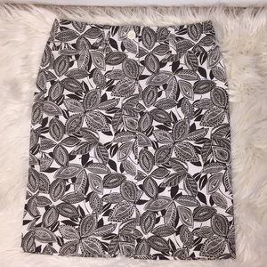 Ann Taylor brown off white paisley f…